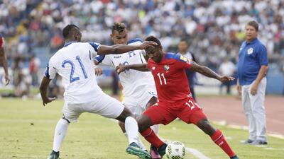 Panamá venció a Honduras en el duelo de técnicos colombianos