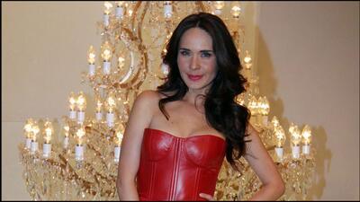 Conoce más de la trayectoria de Adriana Louvier