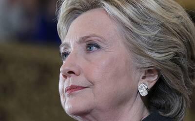 Hillary Clinton en su discurso tras la derrota electoral el 9 de noviemb...