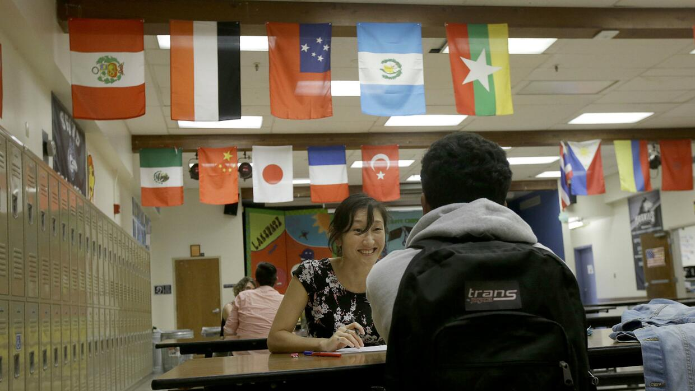 En EEUU hay 1.2 millones de asistentes de maestros.