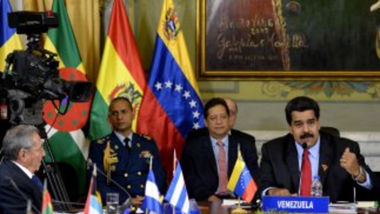 Nicolás Maduro durante un encuentro con algunos de sus aliados regionale...
