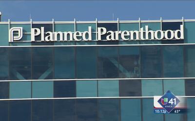 Prohiben sacar Planned Parenthood de Medicaid?