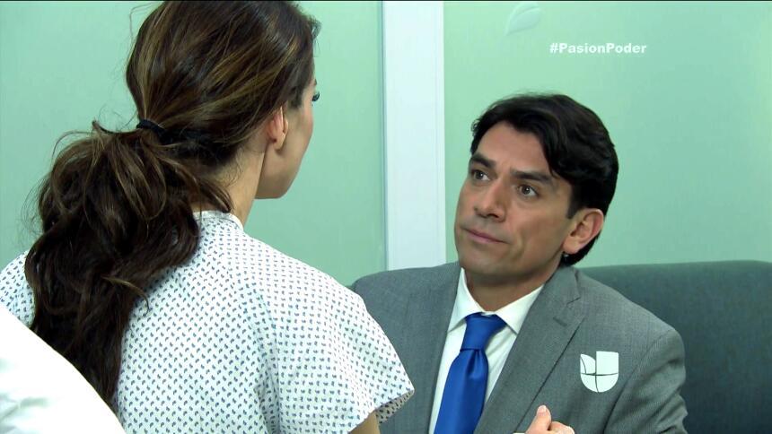 ¡Julia y Arturo se pusieron muy románticos! 759A2FA2295948E2A684CFDC4921...
