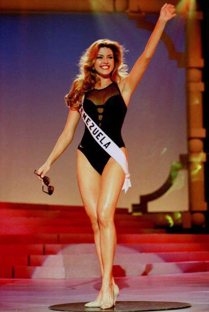 Alicia Machado ganó la cuarta corona para su natal Venezuela en M...