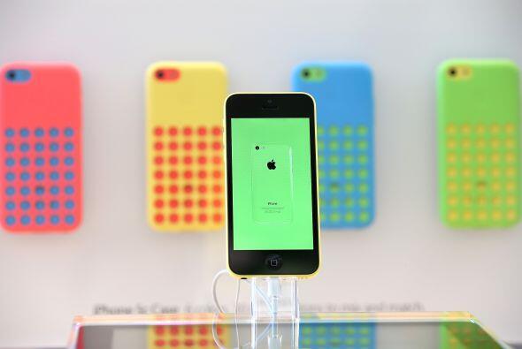 Este iPhone de última generación salió a la venta en Estados Unidos, don...