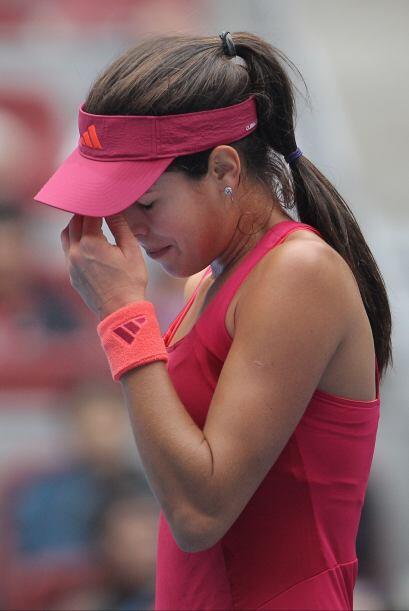 La que también se vio triste y abandonó el torneo fue la serbia Ana Ivan...