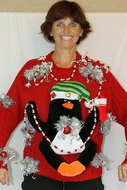 Un 'Ugly Christmas Sweater' es cualquier suéter tejido con algún tema de...