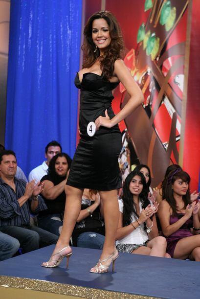 Bello vestido el de la cubana Yailen Collantes.