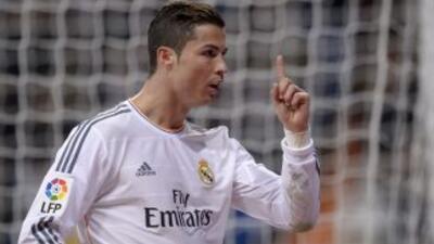 Cristiano acabó marcando un doblete que le dedicó a Eusébio, fallecido a...