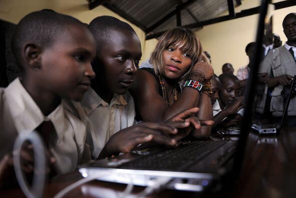 En el 2008, Serena Williams abrió The Serena Williams Secondary School e...