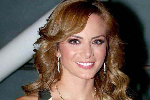 Silvia Navarro está nominada como Mi Protagonista Favorita en la categor...