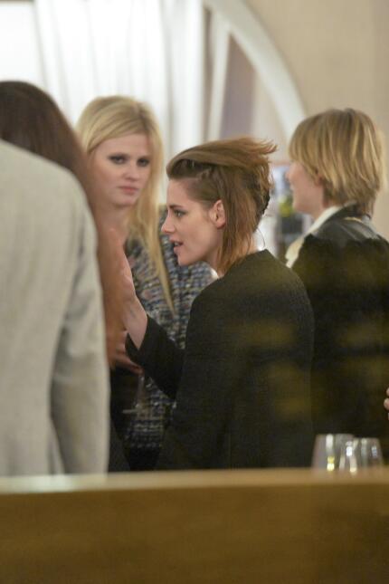 Kristen y Rooney como buenas amigas.