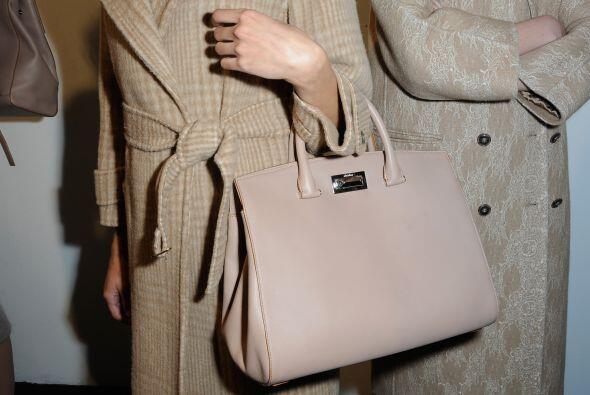 El bolso tipo 'tote' es una de las variedades que en ocasiones se asemej...