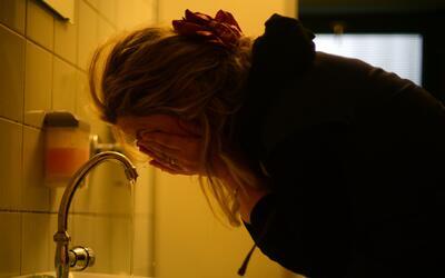 Aprenda a distinguir entre una migraña y un dolor de cabeza común
