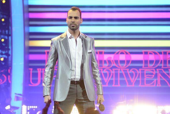 """Arias Martín optó por """"Ahora quien"""", de Marc Ant..."""