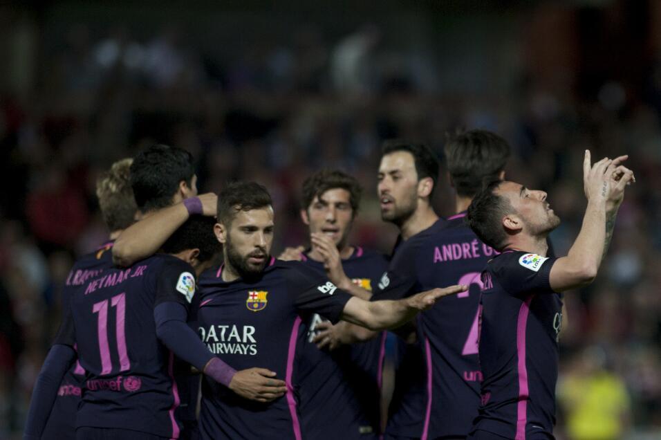 Neymar alcanzó los 100 goles con Barcelona GettyImages-663822608.jpg