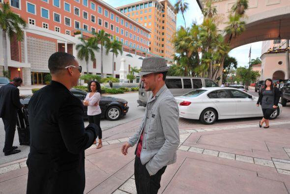 Daddy Yankee y Prince Royce se encontraron en un hotel de Miami para ir...