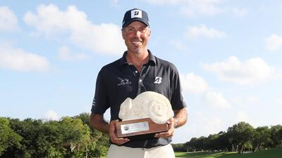 Matt Kuchar no logró contener su alegría tras quedar campeón del Mayakoba Golf Classic