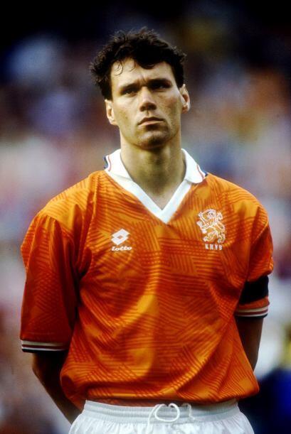 El goleador quedó con cara de enojo y Holanda no accedió a...