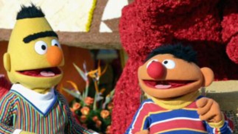 Se realizó un petición para que los personajes Ernie y Bert contrajeran...