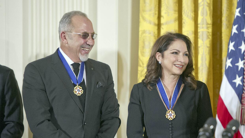 Gloria y Emilio Estefan manifestaron su orgullo por esta condecoración