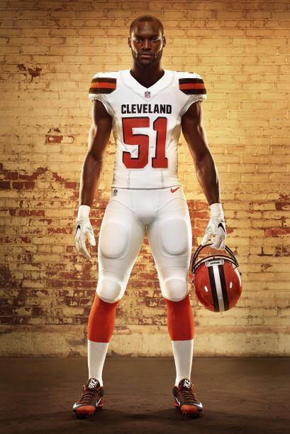 Los Browns mostraron los nuevos diseños de los jerseys que portar...