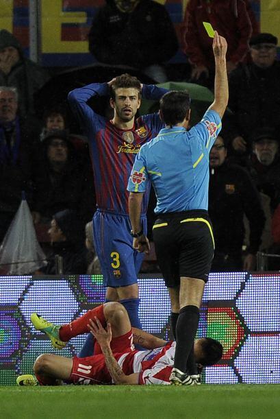 Gerard pique se ganó la tarjeta amarilla y quedó condicion...