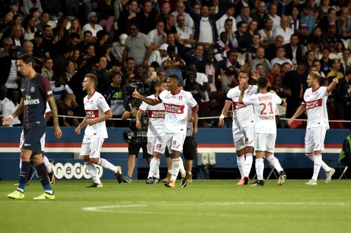 Con un doblete de Neymar, el PSG apabulló al Toulouse 636388613339764955...
