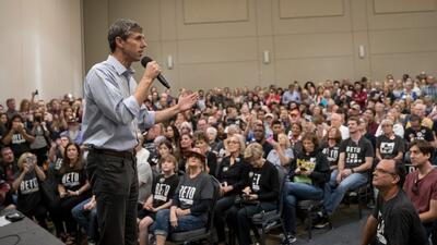 Aunque las encuestas lo ponen en segundo lugar, Beto O'Rourke cree que puede ganarle a Ted Cruz