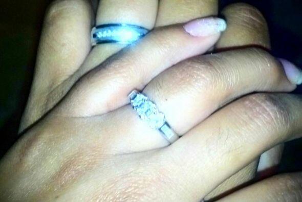 Hace un año Gómez pidió a Karina en matrimonio, pero todavía no saben si...