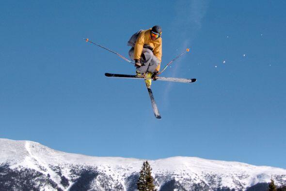 Vean deportes de invierno juntos. Si eres un gran esquiador y te imagina...