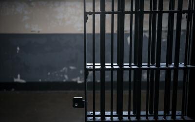 El sistema de pagos de fianzas busca combatir el problema del encarcelam...