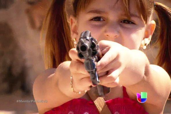 Y lamentablemente una trágico accidente sucedió, pues Alina le disparó s...