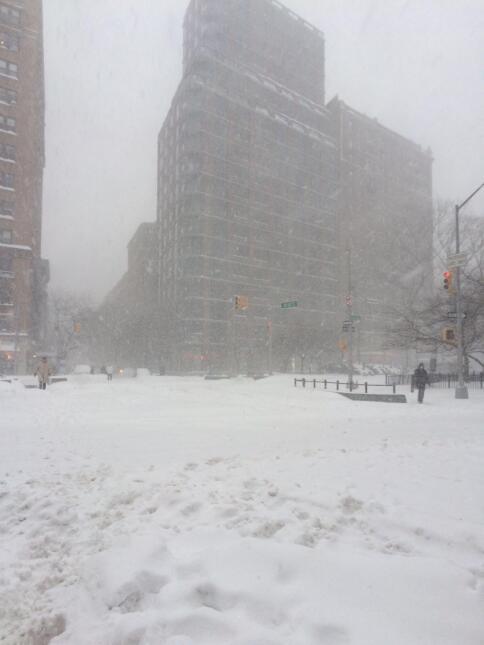Neoyorquinos se aventuran en Central Park durante tormenta 3.JPG