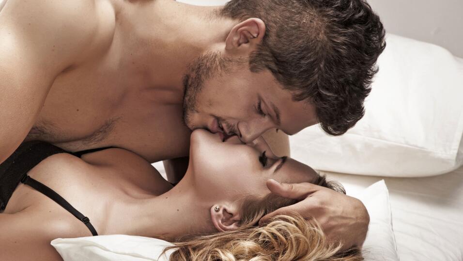 besos de parejas