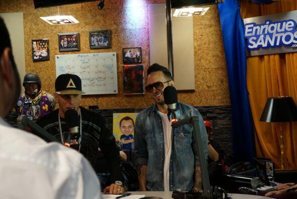 Alexis y Fido pasaron por los estudios de Mix 98.3 para promocionar su n...