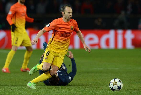 Iniesta demostró su magia con el baló en los pies en varias ocasiones.