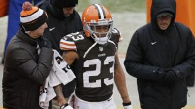 Joe Haden es la cara de una defensiva engañosamente buena (AP-NFL).