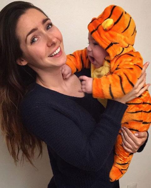 Ariadne Díaz y su bebé