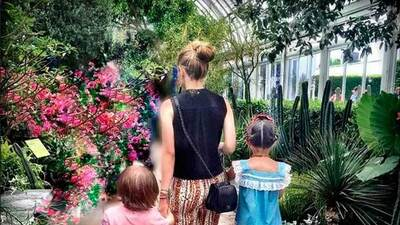 Suertudos: estas famosas quieren que sus hijos hereden (y usen) sus mejores prendas