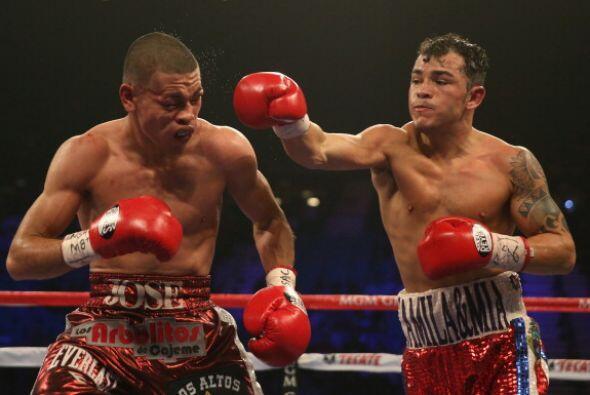 El costarricense dio los mejores golpes de la pelea.
