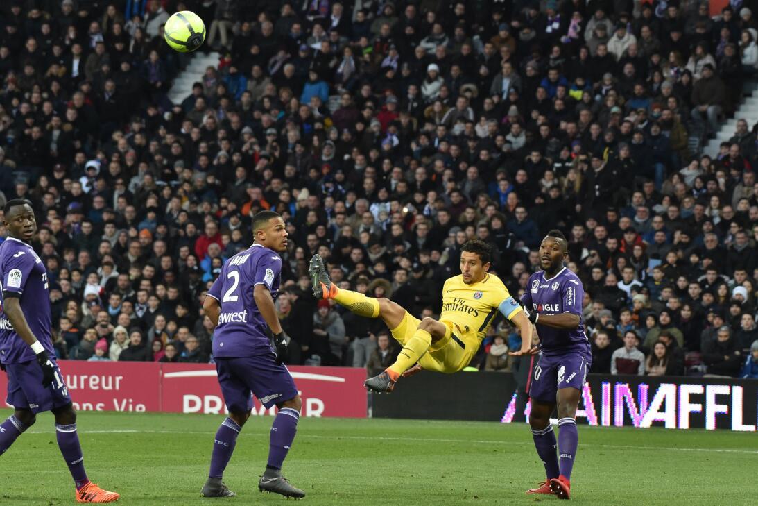 El uruguayo Edinson Cavani, fue reservado por Unai Emery para Madrid deb...