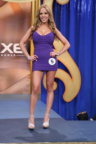 Con este vestido y mucho más Paola ganó el voto popular.