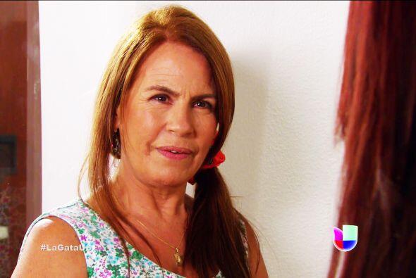 No te separes ni un minuto de Gisela, 'Jarocha', ella se muere de ganas...