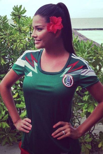 Ana siempre lleva a México en su corazón y en su equipaje no podía falta...