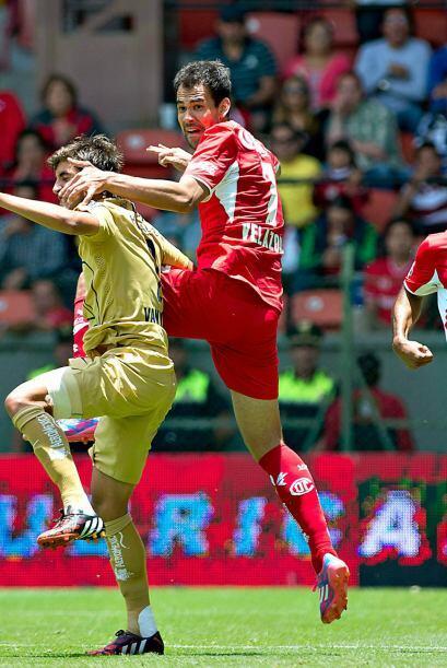La táctica fija fue de lo mejor del juego, ya que 2 de los 3 goles llega...