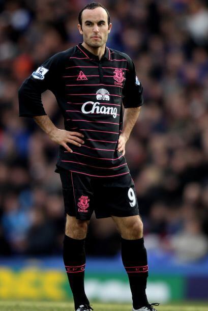 Al igual que Beckham, que deja al Galaxy de la MLS para jugar en Europa,...