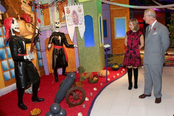 Por su parte, el príncipe Charles visitó el Museo Dolores Olmedo, donde...