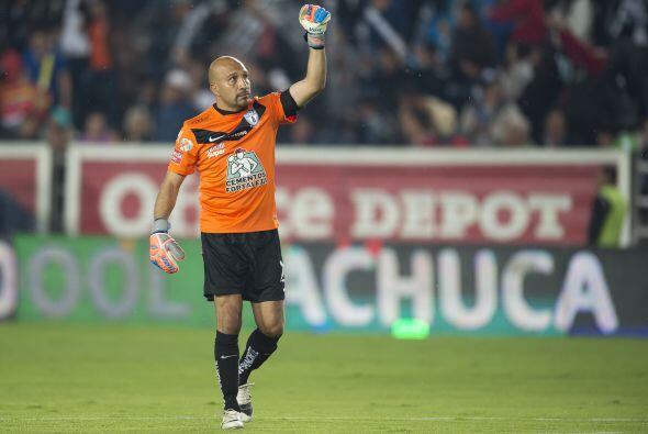 Oscar Pérez (7): No tuvo mucha participación en el encuentro. 'El Conejo...