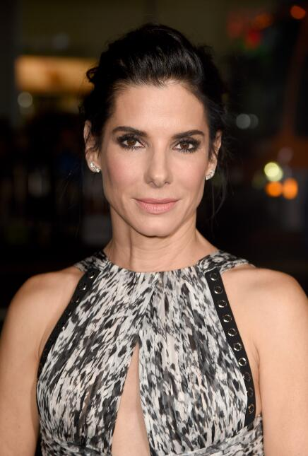 Actress Sandra Bullock attends the premiere of Warner Bros. Pictures&#39...